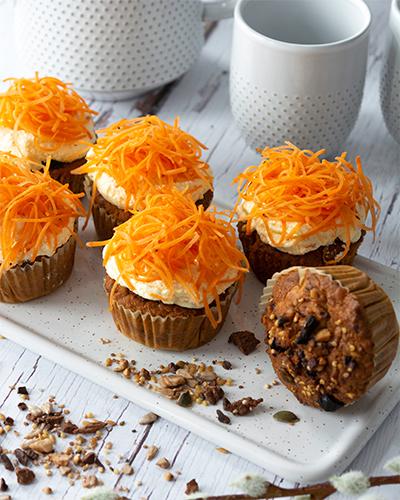 Karotten-Müsli Cupcakes