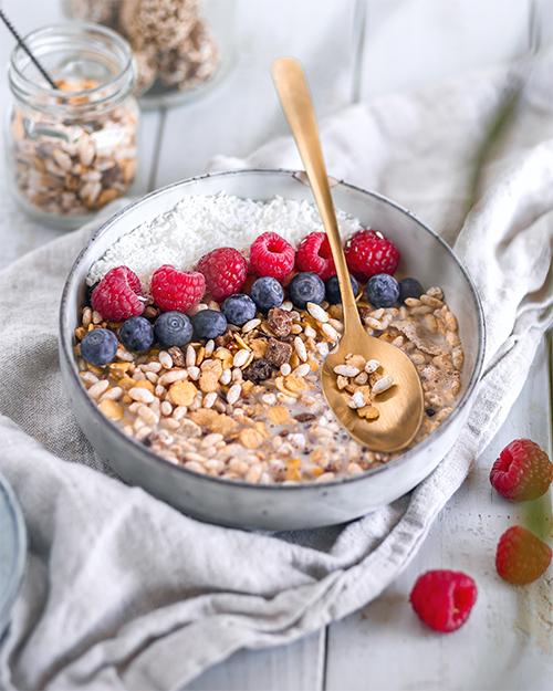 Cherry-&-Cacao-Protein-Muesli-Serviervorschlag-2